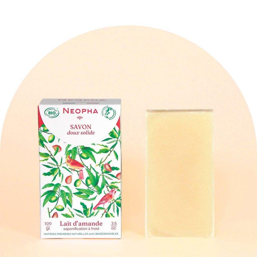Neopha Savon doux lait d'amande étui + produit